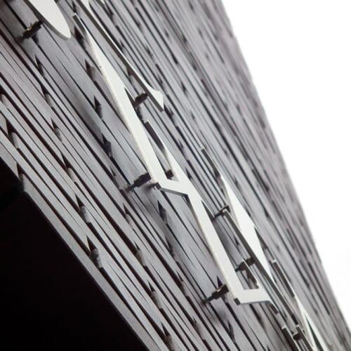 Litery blokowe ze stali nierdzewnej 2