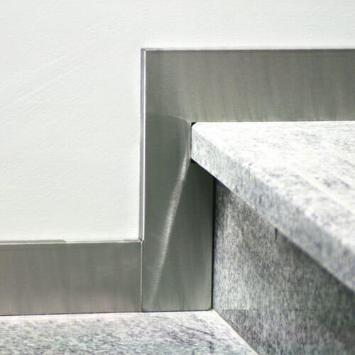 Cokoły ze stali nierdzewnej szlifowanej 5