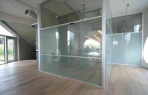 LCD Glass - żaluzje cyfrowe - szkło dyskretne 4